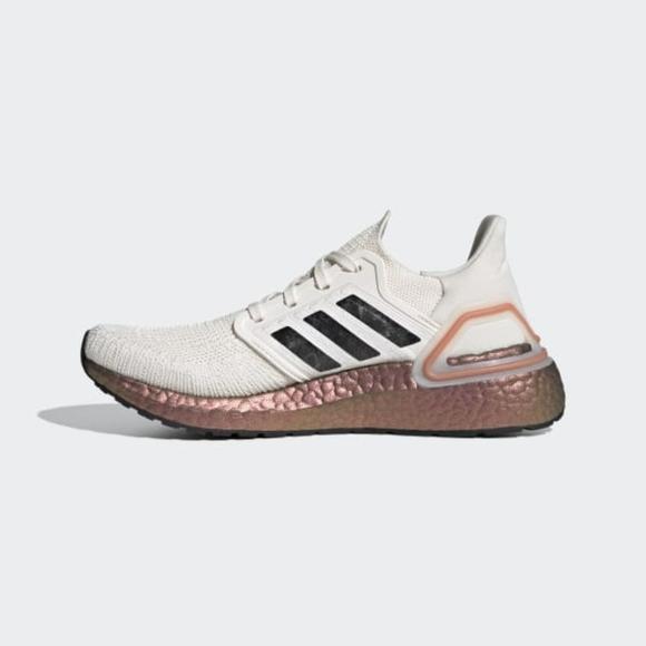 Adidas Ultraboost Women Shoes in Size 8